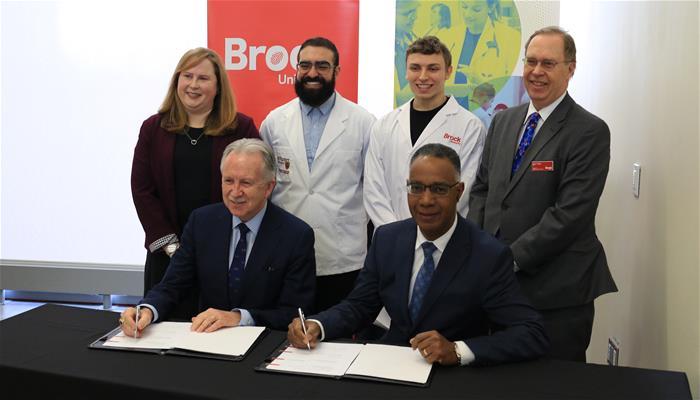 A collaborative agreement signing took place between McMaster University and Brock University.