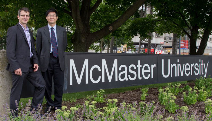 Dr. Martin Stampfli (left) with Dr. Rongchang Chen during his visit to McMaster University
